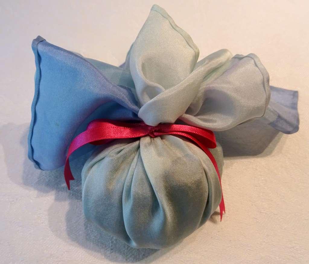 Silver and Blues with Majenta Pink Ribbon